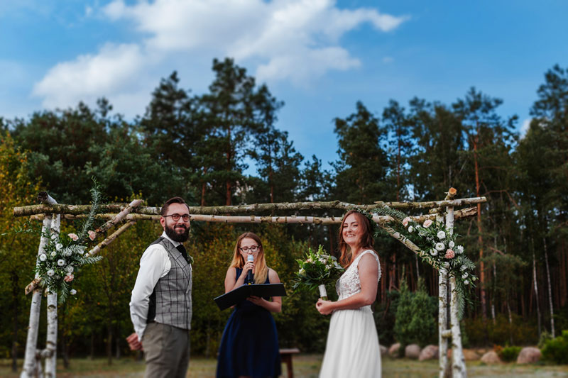 Fotografia Ślubna – Ceremonia w Uroczysku Zaborek.